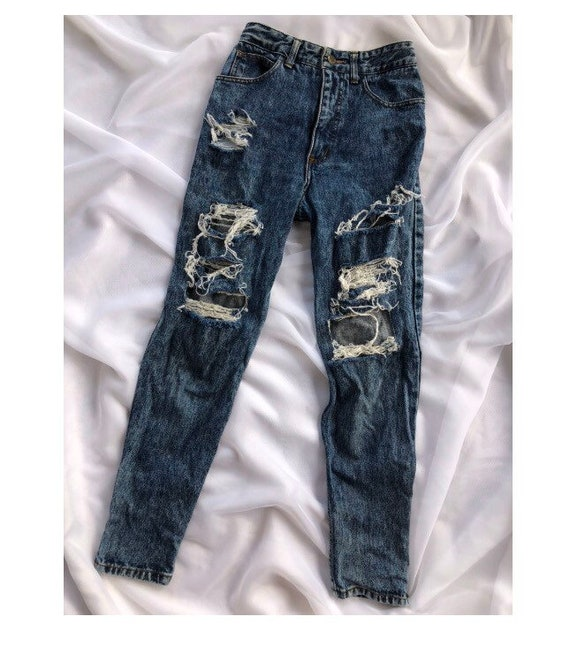 Vintage Guess Ripped Jeans Size 27