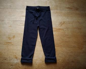 Kids gym pants in organic cotton navy