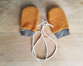 Baby wool fleece mittens without thumbs