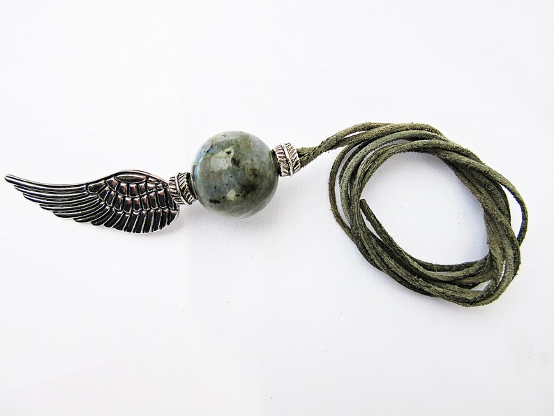 agate silver colors minerals angel wings gemstone pendant healing stone Necklace leather cord grey energy ball