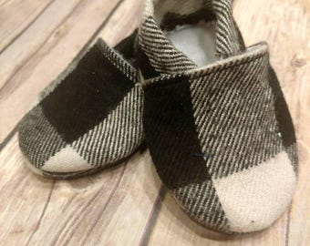 Black and White plaid baby Booties