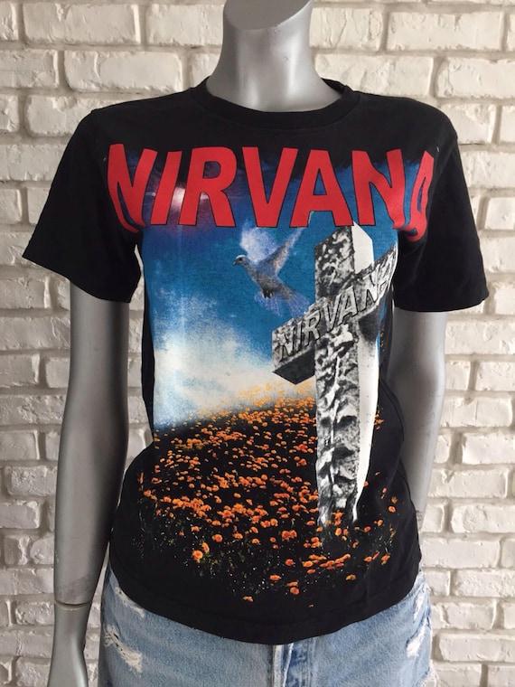 Vintage Nirvana Heart shaped box tshirt