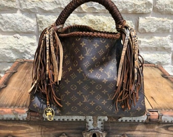 5457cd968 Gorgeous Artsy with braided handle!