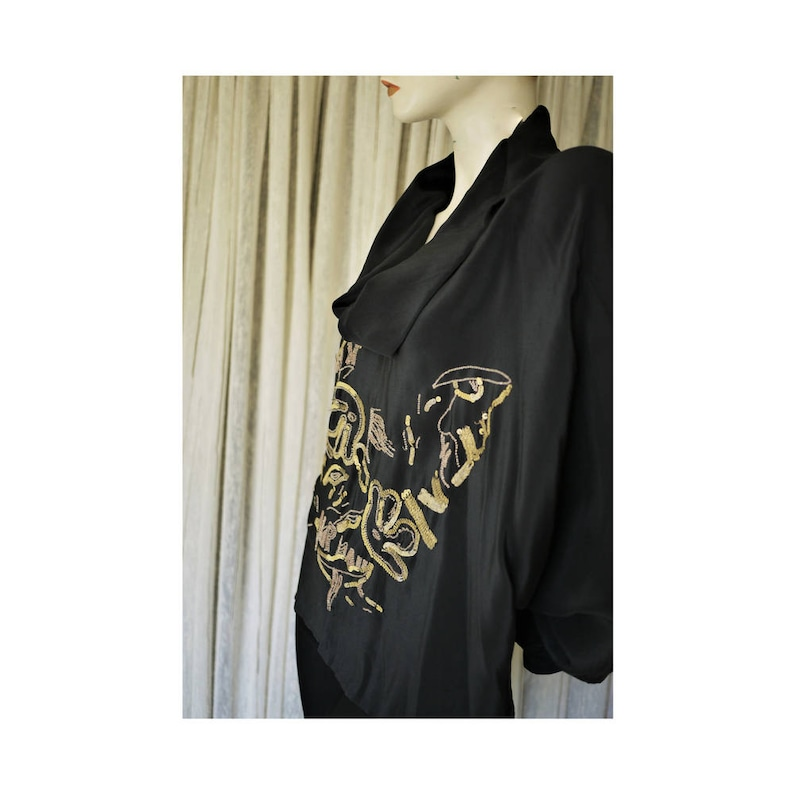 PA Pure Silk ShirtVintage 80sPure black silk shirtembroidery with sequin and beadingsize SML