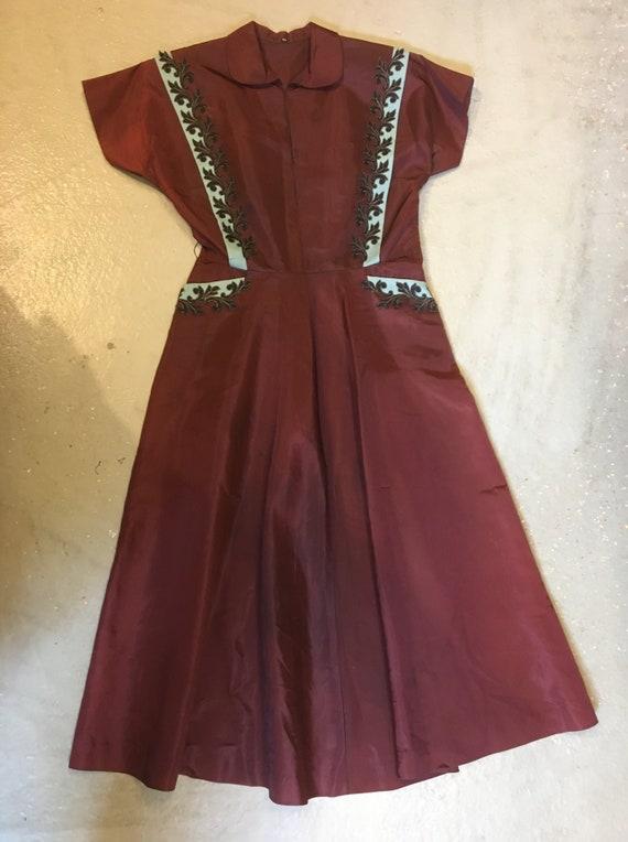 vintage 40s an amazing dress