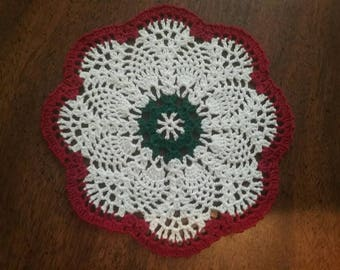 6 inch Christmas pineapple doily
