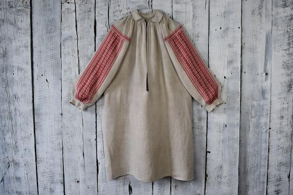 Vintage traditional Ukrainian embroidered shirt /… - image 2