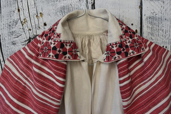 Vintage traditional Ukrainian embroidered shirt /… - image 3