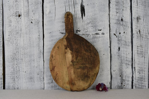 Antique rustic cutting board with food chopper Bread board Chopping board Vintage wooden chopping board Rustic kitchen decor Farmhouse decor