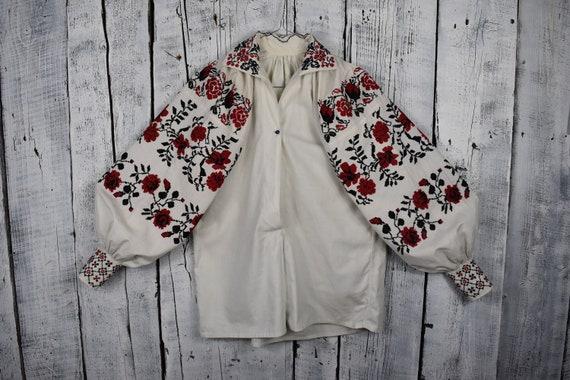 Vintage traditional Ukrainian embroidered shirt /