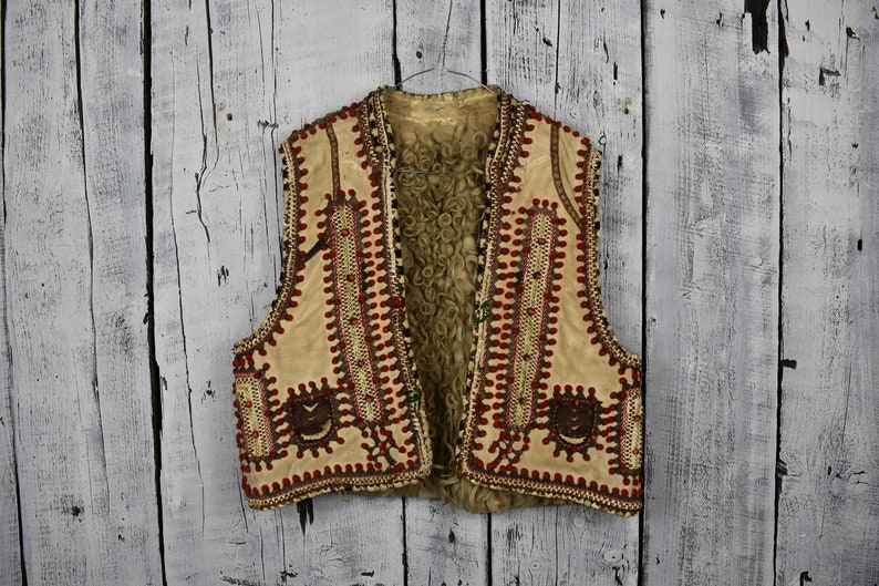 Antique Ukrainian vest   Traditional Ukrainian sleeveless  88f72b6ce