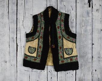 Antique Ukrainian vest / Traditional Ukrainian  sleeveless shirt / Hutsul vest kiptar / Ukrainian folk sleeveless fur sheepskin coat