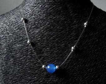 Necklace Pearl blue agate with a cinch.