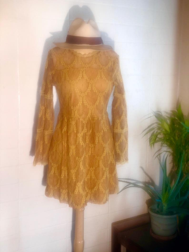 Chartreuse Lace Dress sm vintage open crochet  boxy