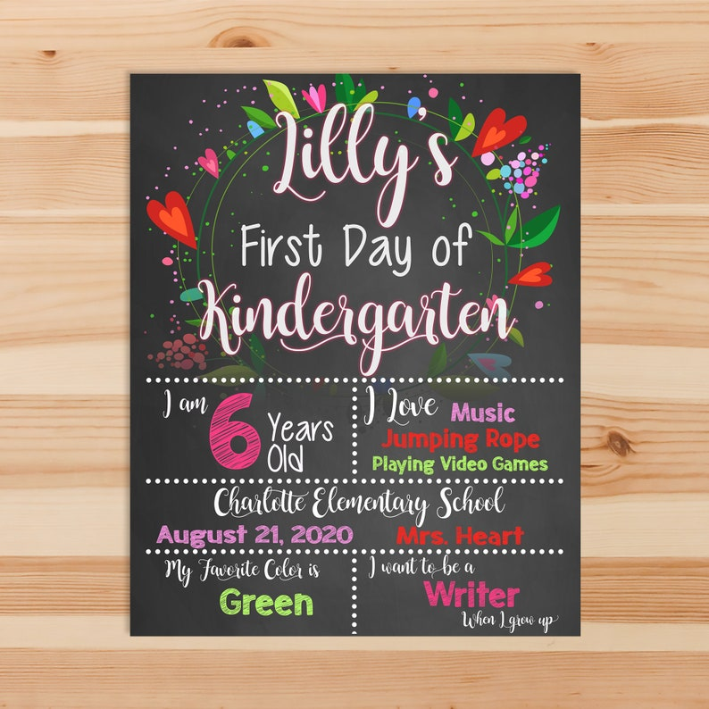 First Day of Kindergarten Chalkboard Sign Printable Photo Prop - First Day of School Floral - Personalized Back to School - ANY GRADE