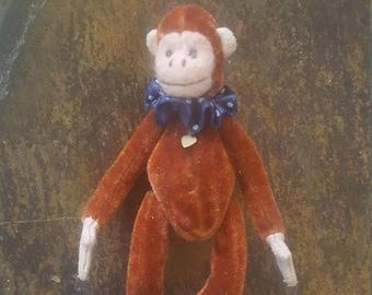 Beautiful Vintage Miniature Ganz Monkey