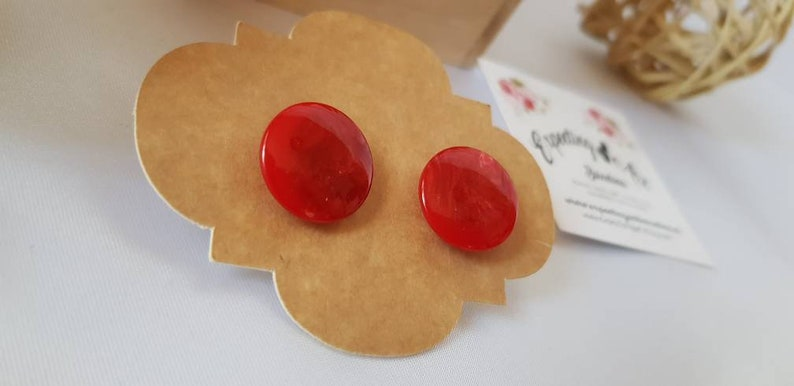 Event and cocktail. Summer earrings Recycled button Earrings Bestfriend Gift Beach earrings Red Gift to MOM