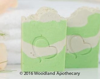 Luxury Artisan Soap - Lime (Travel Size)