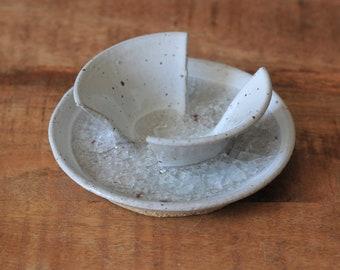Ceramic Soap Dish, Soap Dish, Pottery Soap Dish, Stoneware Soap Dish, Ceramic Soap Holder, Soap Saver, Sponge Holder, Handmade Soap Dish