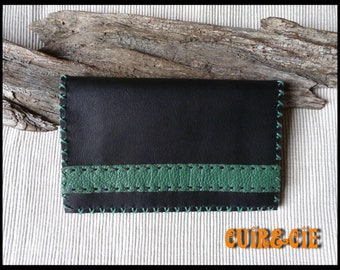 Tobacco pouch in calf black and green cowhide leather