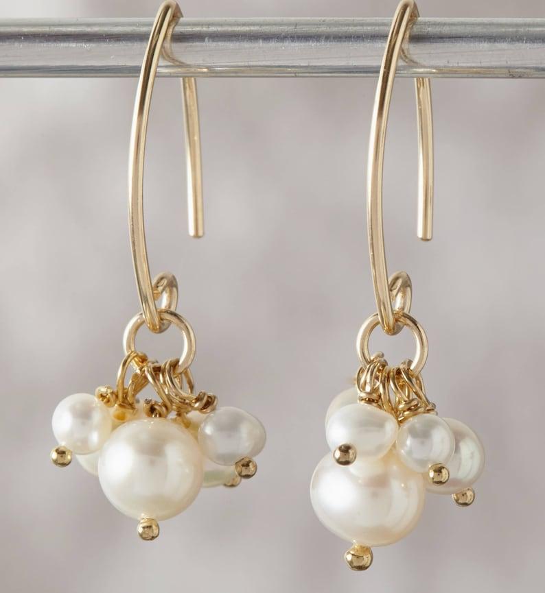 Wedding Earrings Gold Pearl cluster Earrings Small Pearl Cluster Bridal Earrings,Gold Earrings Handmade Wedding Jewelry,Freshwater pearls
