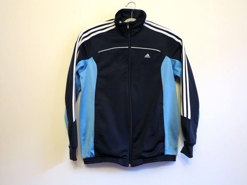 f9a91c3ec45c0 Mens Vintage Giacca Adidas Giacca Sport Jacket giacca Adidas blu pista  Jogging retrò Adidas Sport Giacca Blazer piccole dimensioni