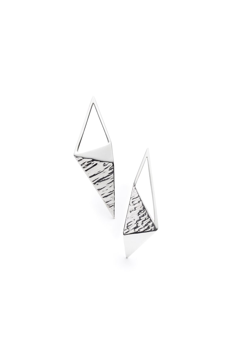 Sterling silver triangle large stud earrings-Asymmetrical earrings-Mismatched earrings-Geometric stud earrings-Big stud earrings-Silver stud