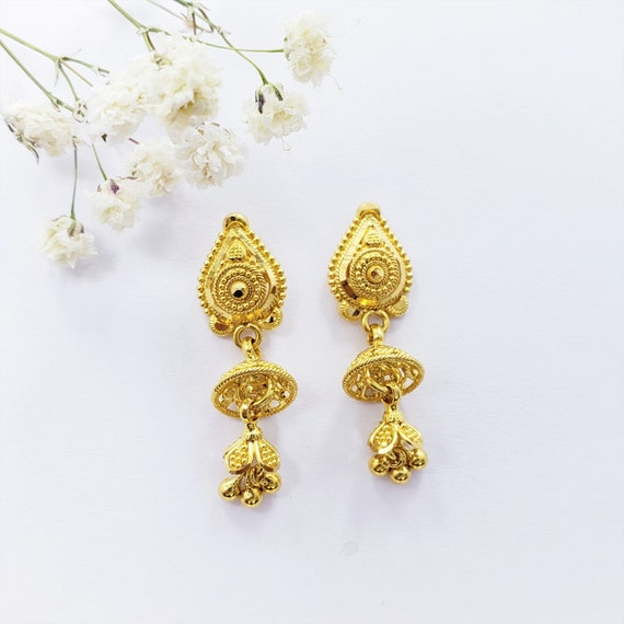Genuine 22K Solid Gold RING US 7.75 Female Hallmarked 916 Stunning Craftsmanship