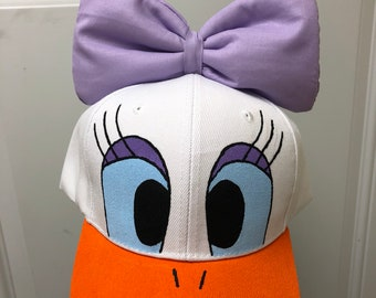 a40c8499897 Donald duck hat