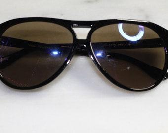 5e7f41dd9342 90 s Hand Polished Black Round Sunglasses