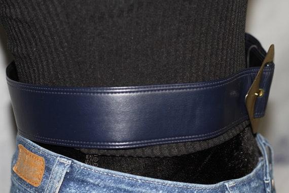 Dark Blue Leather Belt w/ Gold Belt Buckle - image 5