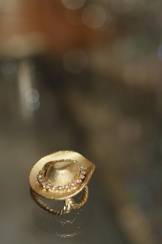 Decorative Gold Hat Scarf Holder