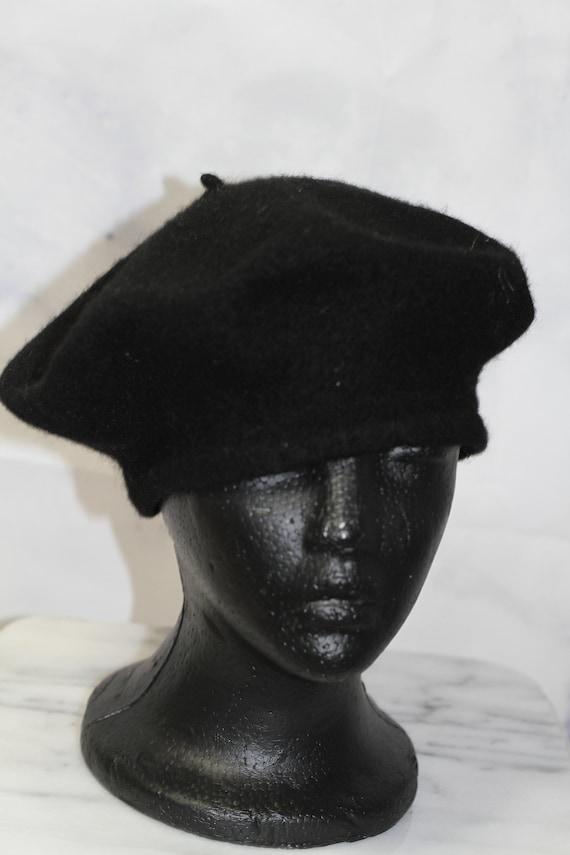 Black Beret Hat - image 7