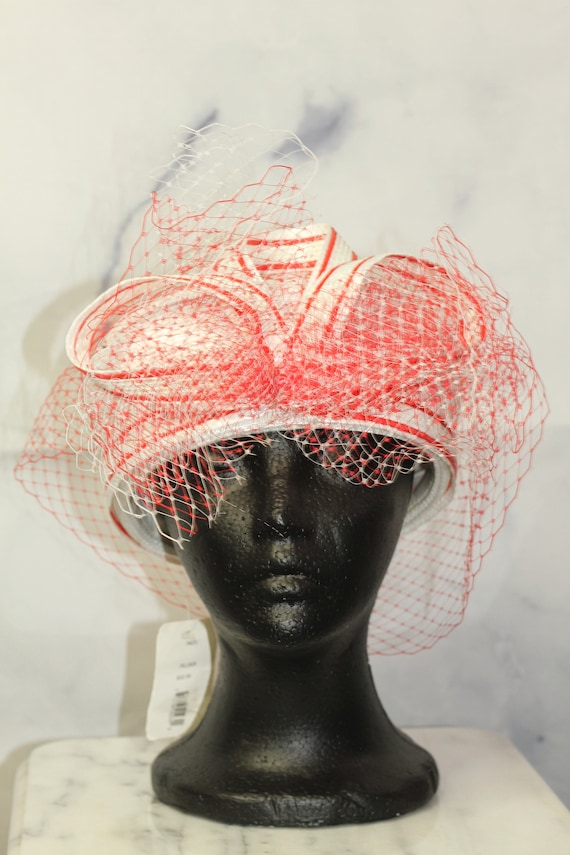 Red & White Pill Box Hat (8)