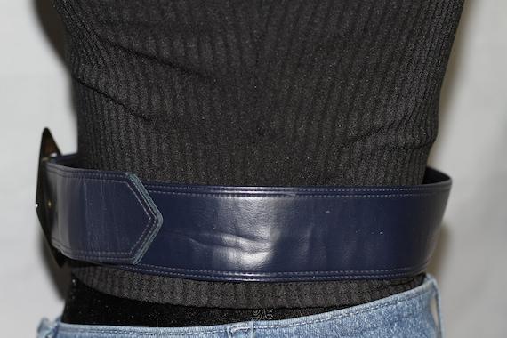 Dark Blue Leather Belt w/ Gold Belt Buckle - image 4