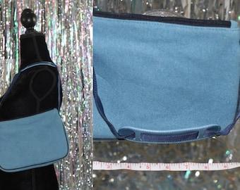 GAP Half Moon Hand Bag Purse *Excellent Condition