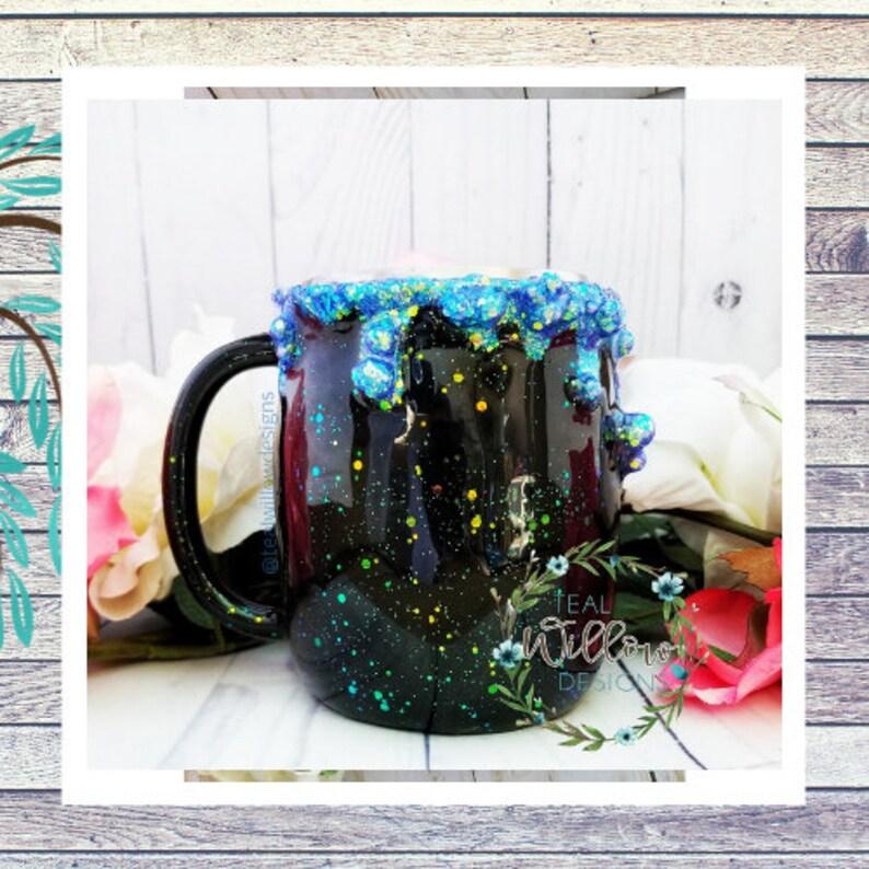Witch's Brew Cauldron Glitter Mug image 0