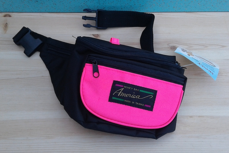 Vintage 90/'s DEADSTOCK Hot Pink /& Black Fanny Pack  Waist Bag  Body Bag  Brand new still with tags