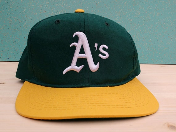 358d0edc261 Vintage 90 s Oakland Athletics Starter snapback cap youth