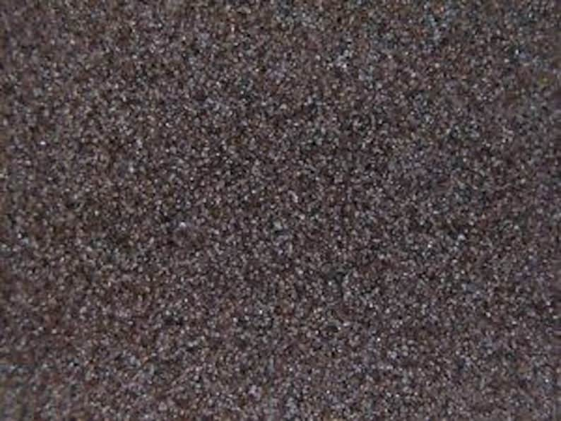 100 Grit  GRADED Silicon Carbide Tumbling Grit. image 0