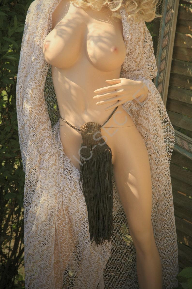 Hot arab lebanese girl naked