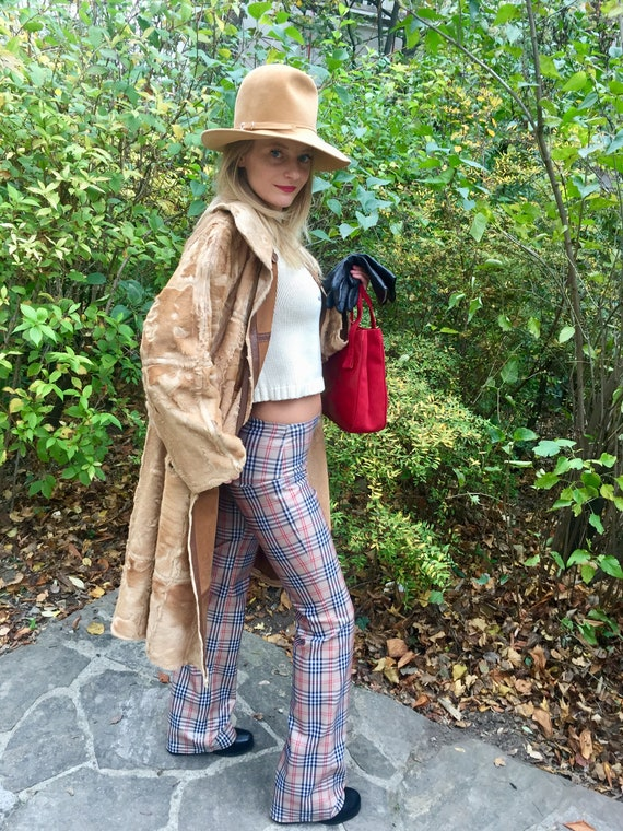 Vintage 70s Lambskin Coat Leather coat 70s Turnin… - image 9