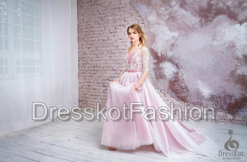 Robe de mariee rose dentelle