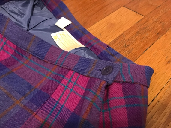 Vintage Pendleton 100% Wool Tartan Skirt and Scarf - image 4
