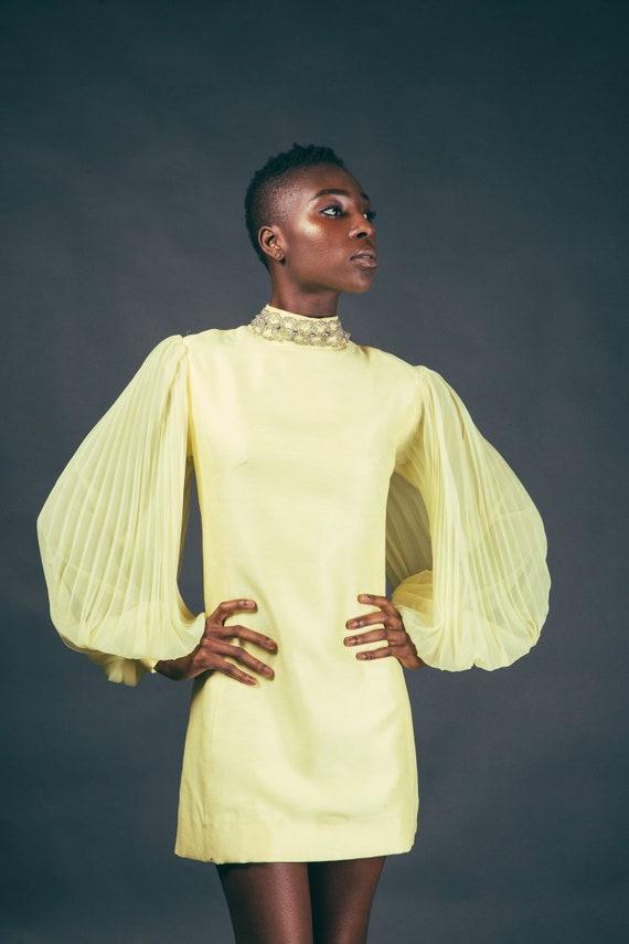 60s Yellow Accordian Sleeve Canary Mod Mini Dress - image 2