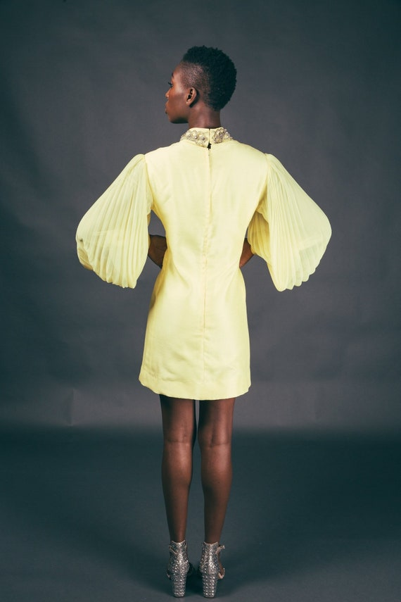 60s Yellow Accordian Sleeve Canary Mod Mini Dress - image 6