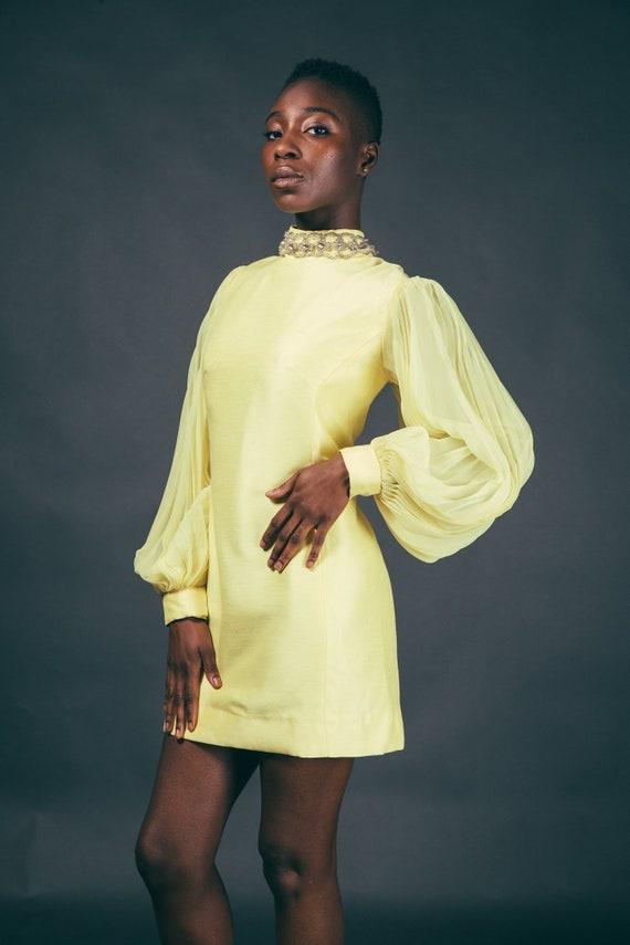 60s Yellow Accordian Sleeve Canary Mod Mini Dress - image 4