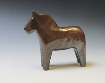 Dala Horse (minor flaw)