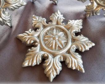 "One ""North Star"" Curtain Medallion ~SINGLE ITEM~ Hold back,Drapery Tabpost,Rosette"