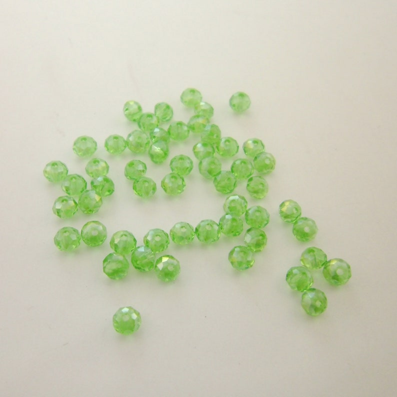 Beaded Jewelry Supplies 0003-0109 Wholesale Clearance Bulk 50pcs 4x3.5mm Round Faceted Roundelle Crystal Clear Green Glass Beads Spacers